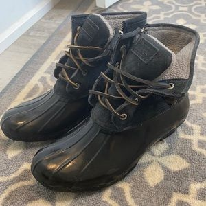 Women's black sperry top-sider boots, size 8